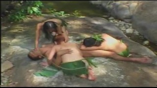 Phịch sơn nữ giữa chốn núi rừng