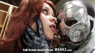 Người sắt Iron Man XNXX