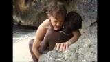 Địt gái xấu thổ dân da đen trên đảo hoang