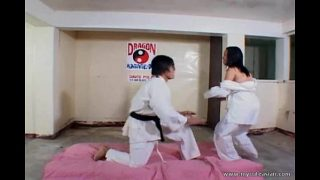 Thầy dạy võ dạy chiêu đụ lên đỉnh