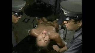 Lính Nhật hiếp dâm tù nhân tập thể