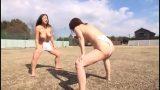 2 nữ sumo vật nhau